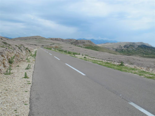 Road Metajna 27