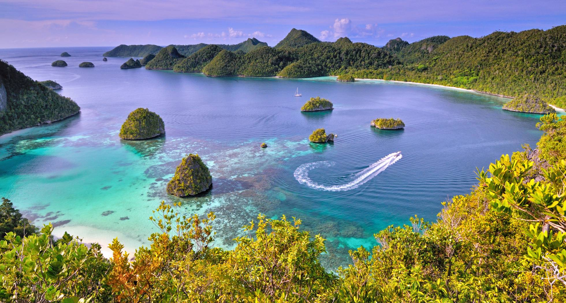 The beautiful islands of Indonesia for your audiovisual
